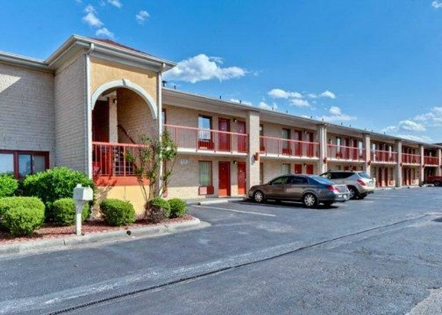Quality Inn Suites 2351 W Roosevelt Blvd Hwy 74 Monroe Nc Hotels Motels Lodging 704 283 9600