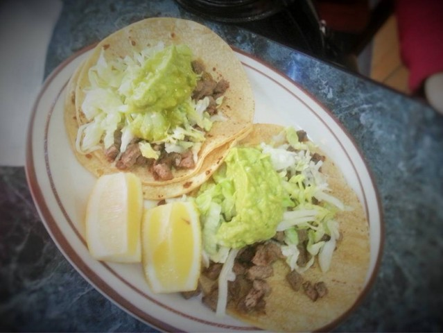 Cafe Leon Mexican Restaurant 4239 N Blackstone Ave