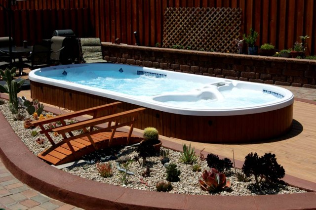 Groves swimming pool service 7711 collier blvd suite for Suministros para piscinas