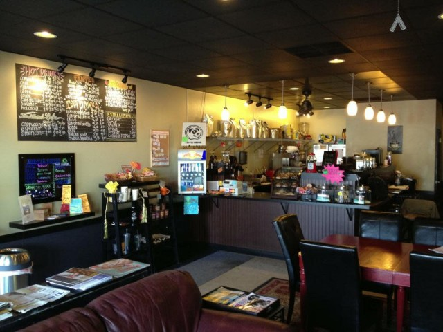 Coffee Hound 4141 7th St East Moline Il Restaurants Houses 309 752 0019
