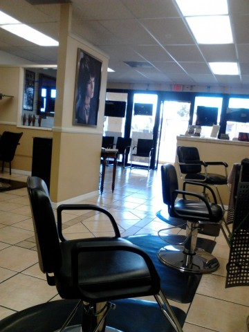 Tropical touch beauty salon 3711 s valley view blvd for A touch of beauty salon