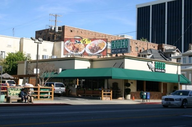 Restaurants Near  W Pico Blvd